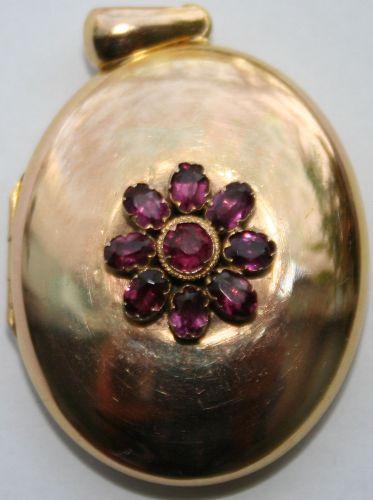Antique 18kt Gold Almadine locket